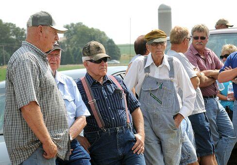 Iowa Farms Minting Millionaires Spur Rich-Poor Divide