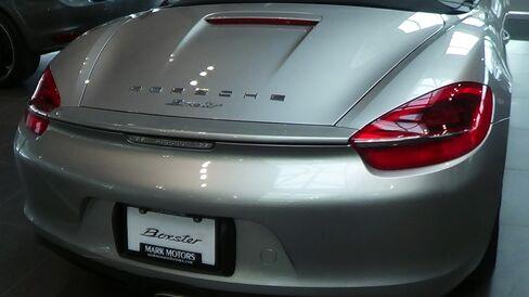 Porsche-Loving Canadians Rebuff Carney to Pile Up Debt