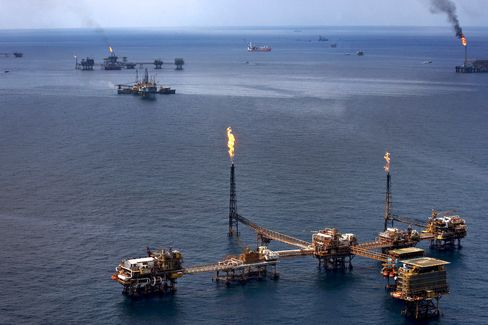 Mexico Oil Opening First Time Since 1938 Shows Revival