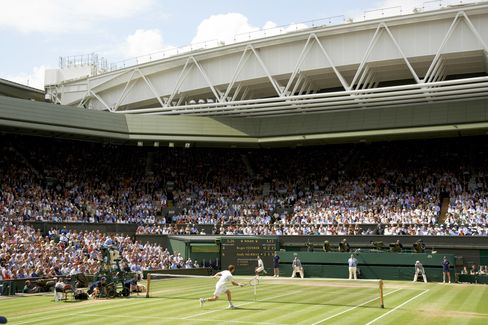 Wimbledon Boosts Prize Money by 40% to $34 Million