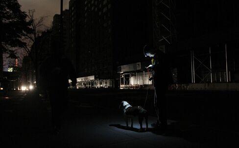 Sandy's Blackouts Pressure Utilities to Bury Power Lines
