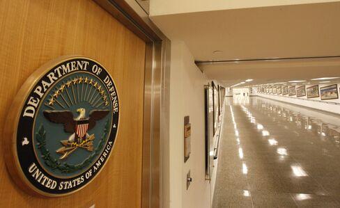 Pentagon Said to Furlough Up to 650,000 Civilian Employees
