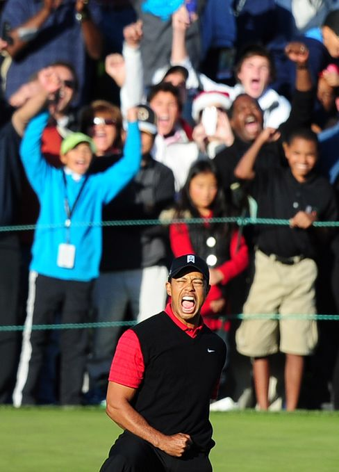 Tiger Woods Wins Chevron Title to End Drought After 749 Days