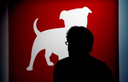 Zynga's Decline Creates Red-Dog Network Founding Game Startups