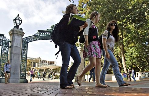Berkeley Offers New Financial Aid for 'Middle-Class' Familie
