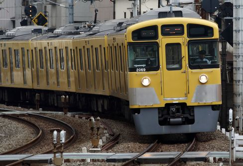 Cerberus Said to Meet Seibu Today After Board Seat Rejection