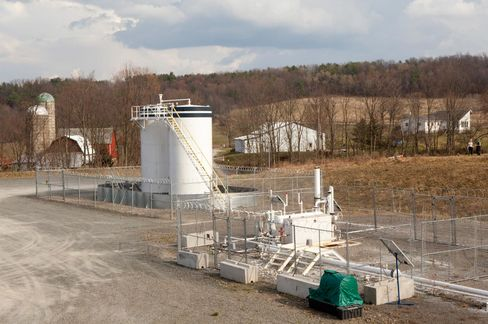 Fracking Wastewater Disposal Linked to Earthquakes, Report Finds