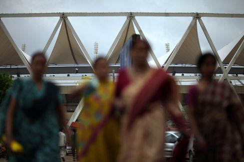 Divorce Lowers Risk of Suicide for Women in India and China