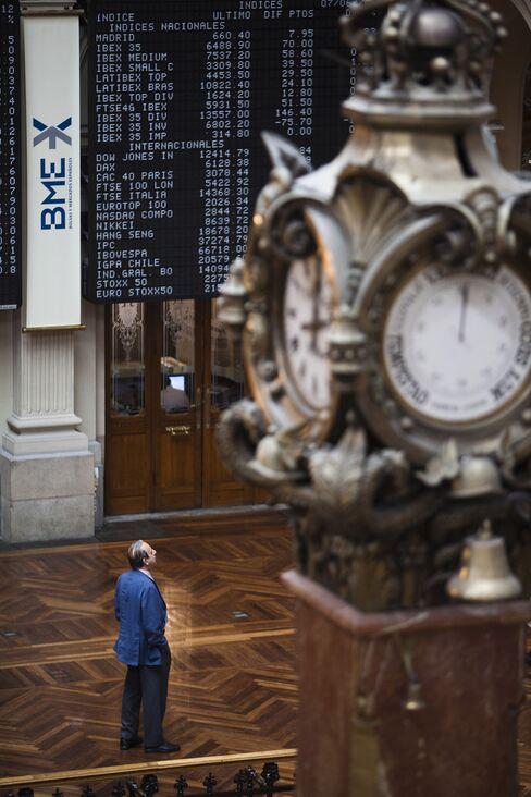 Stocks Rise With Euro as Spain Yields Tumble