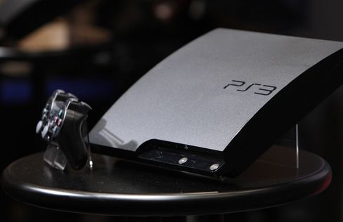 Sony to Resume PlayStation Network, Qriocity Fully Month End