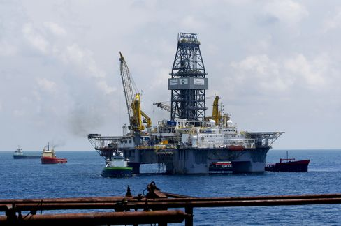 BP Said to Consider $14 Billion Oil Spill Settlement