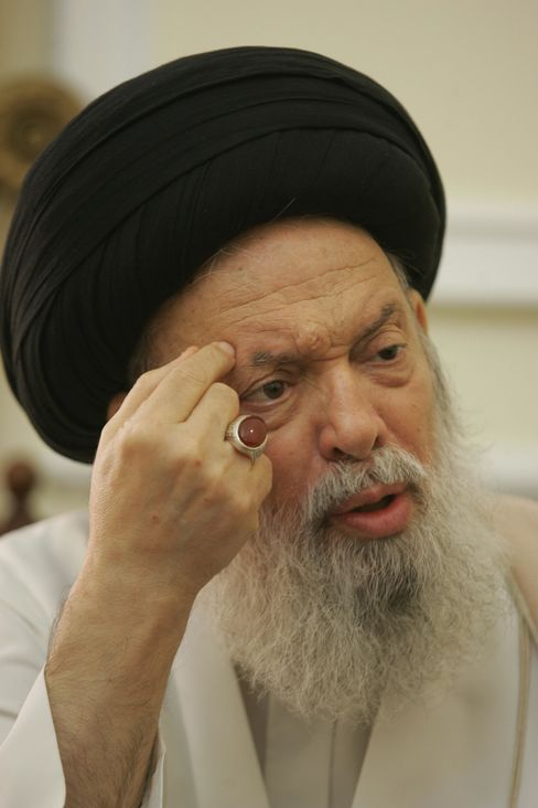 Lebanon's Top Shiite Cleric Fadlallah Dies in Beirut