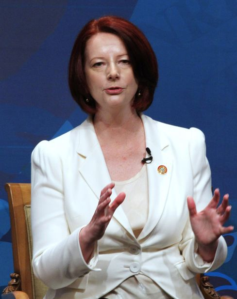 Gillard Releases NBN Details to Gain Support for Telstra Law