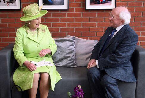 Queen Elizabeth II & Michael Higgins