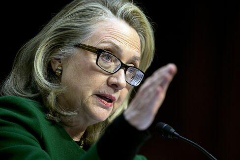 Clinton Defends Libya Actions Amid Criticism From Republicans