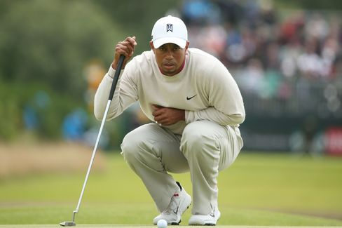 Tiger Woods's Fast Start at British Open Stalled by Cold Putter
