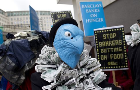 Barclays Says 27% of Investors Voted Against Executive Pay