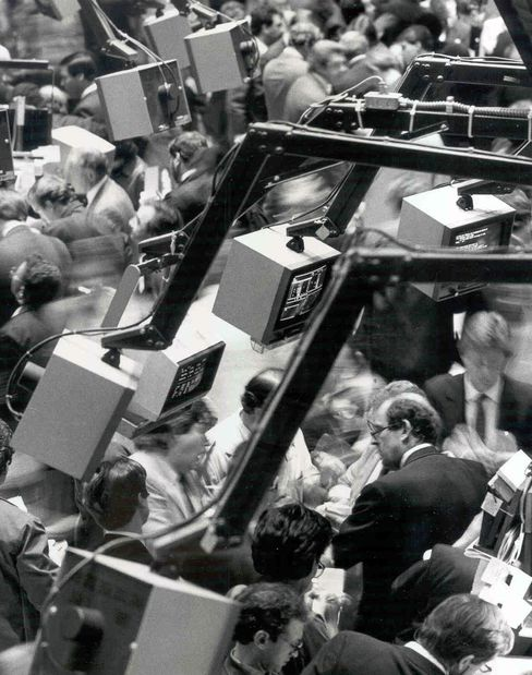 The New York Stock Exchange trading floor on October 19, 1987.