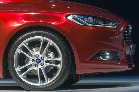 Ford Sees Mondeo Men Comeback With Help From Aston Martin