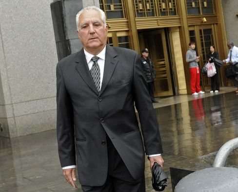 Ex-Madoff Workers Face New Charges in Fraud Dating to 1970s