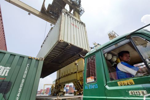 PAe0 India-Port-Investment-Grows