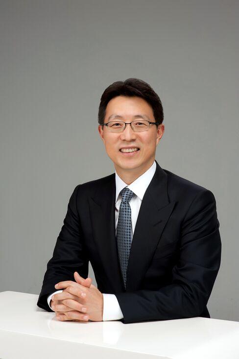 Deutsche Bank AG Chief Country Officer for Korea Ahn Sung Eun
