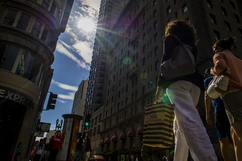 A Woman Carries A Shopping Bag In San Francisco