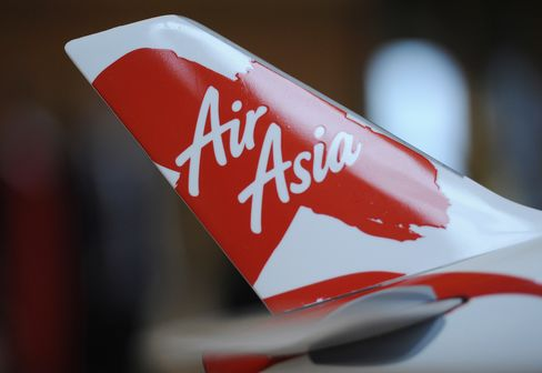Fernandes Says Tune Can Repeat AirAsia's Success