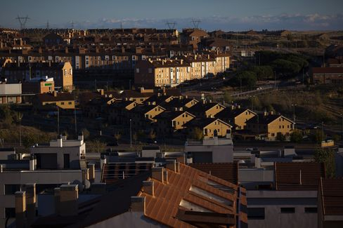 Spain Home Prices Halt Decline After Dropping 36 Straight Months