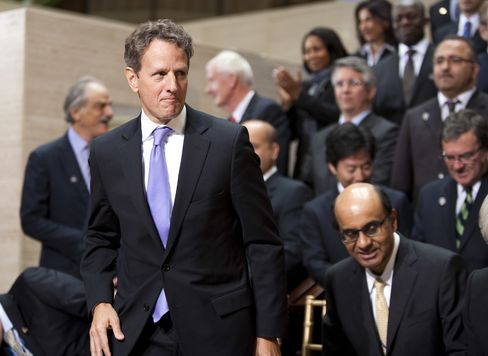 Geithner Urges End to European 'Cascading Default' Threat