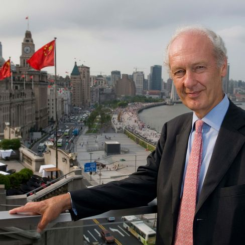 Anthony Bolton, president of investments at London-based Fidelity Investment Managers, poses on the Bund in Shanghai. Photographer: Lionel Derimais/Bloomberg Markets via Bloomberg