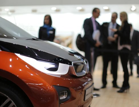 BMW Auto Profitability Slips on Costs to Keep Ahead of Audi