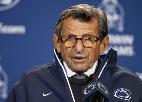 Penn State's Paterno Says He's Shocked by Sandusky Charges