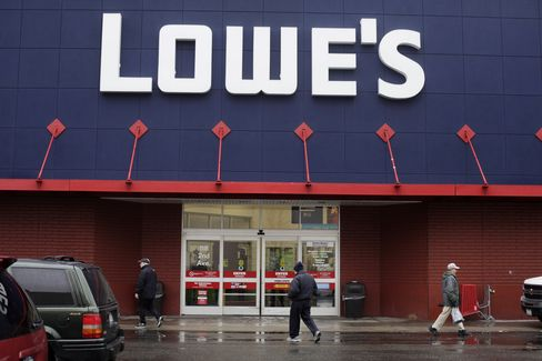Rona Rejects C$14.50-a-Share Offer From U.S. Retailer Lowe's