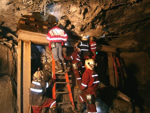Yudhoyono Calls on Freeport to Intensify Mine Rescue Effort
