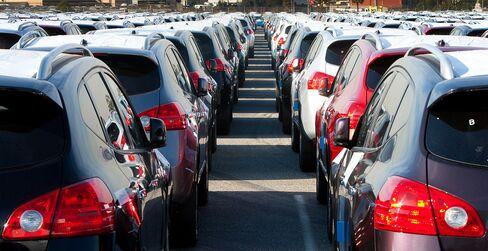 Nissan's U.S. Sales Surge 25% in May, Triple Industrywide Gain