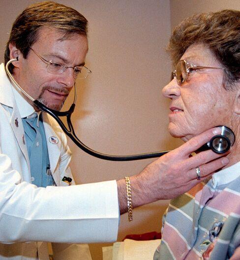 Congress Delays Doctors' Medicare Pay Cut for Longer