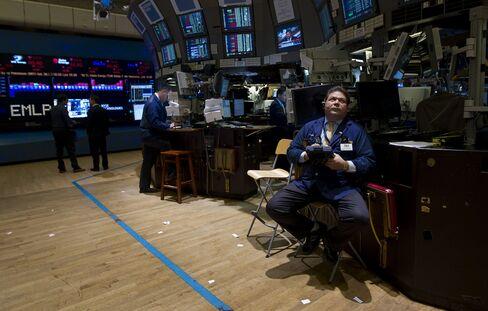 U.S. Stocks Fall on German Outlook as UPS Tumbles on Earnings