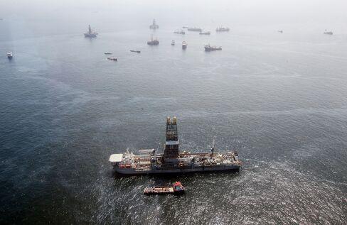 Near the source of the BP Deepwater Horizon oil spill