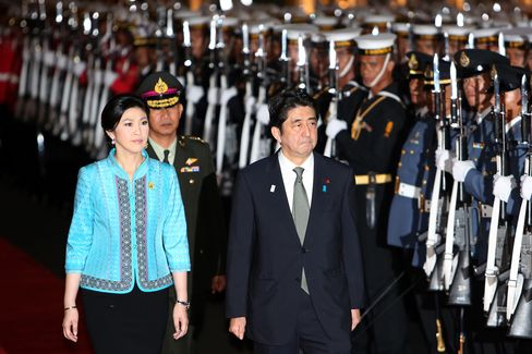 Japan's Stimulus Seen Boosting Southeast Asia as Korea Suffers