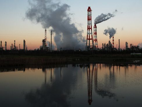 CO2 Trades of Up to $212 Billion Opposed by Japan, Korea