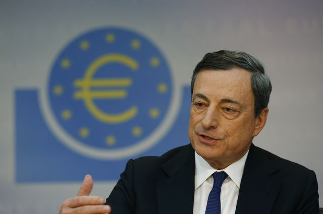 Look out behind you,Mario Draghi!Photographer: Ralph Orlowski/Bloomberg