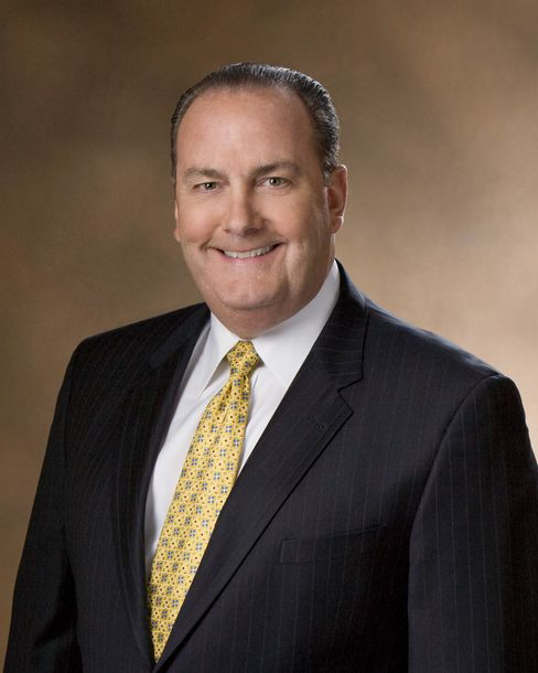 McDonald's Says Jeff Stratton to Succeed Fields as Pres/USA