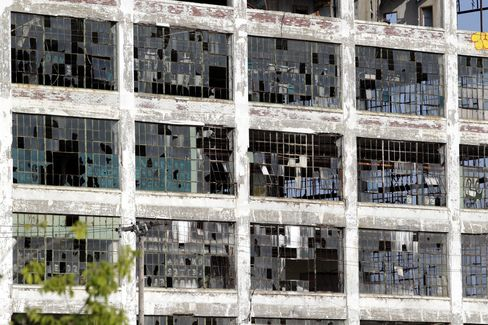 Detroit Emptied on Path From Industrial Giant to Bankruptcy