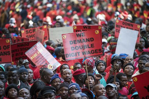 More South African Strikes Erupt After Mining Gains