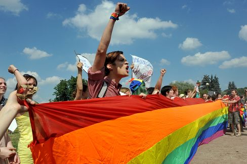Putin Introduces Fines for Gay 'Propaganda' Aimed at Children