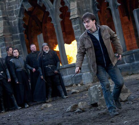 'Potter' Box-Office Magic Gives Warner Shot to Retain Crown