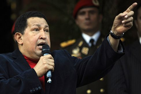 Chavez Says He'll Return to Cuba Today for Cancer Treatment