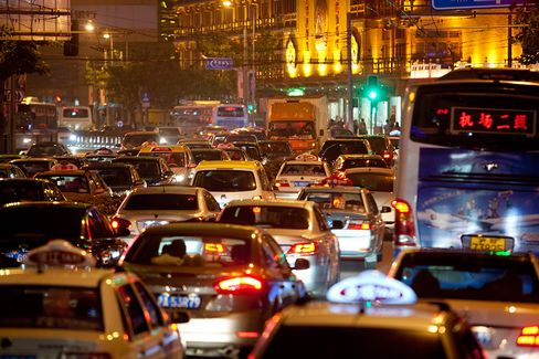 Shanghai Studies Traffic Congestion Charge to Control Pollution