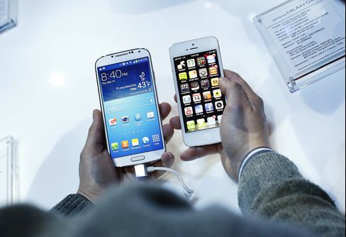 Samsung Galaxy S4 & Apple iPhone 5